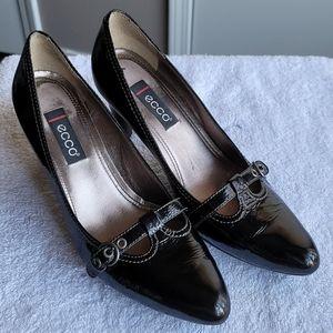 Ecco Pantent Leather Pumps size 38/8